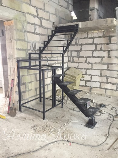 Лестница из 3-х маршей
