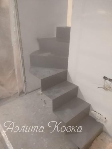 Консольная лестница из листа металла