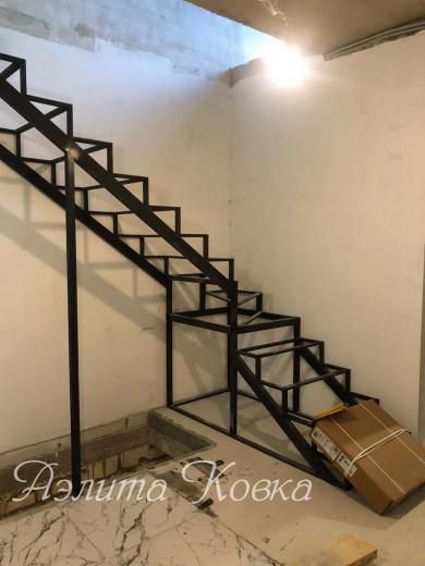 Лестница под зашивку